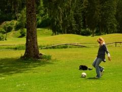 footgolf-bovec-otvoritev-igrisca-26-maj-2015-069